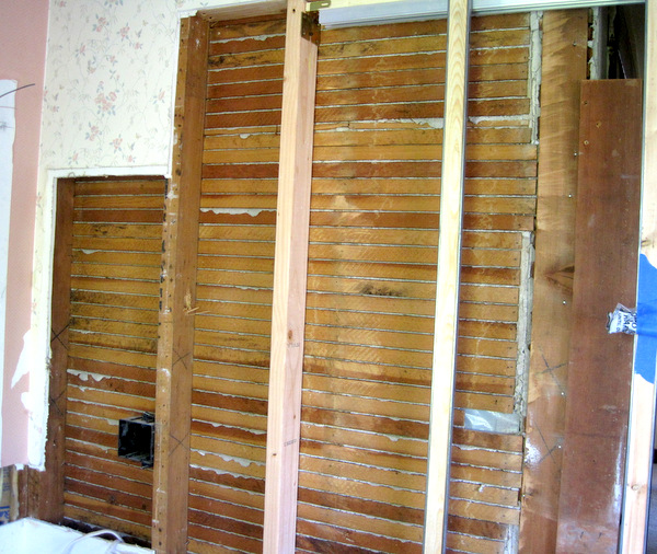 sw corner, framing pocket door