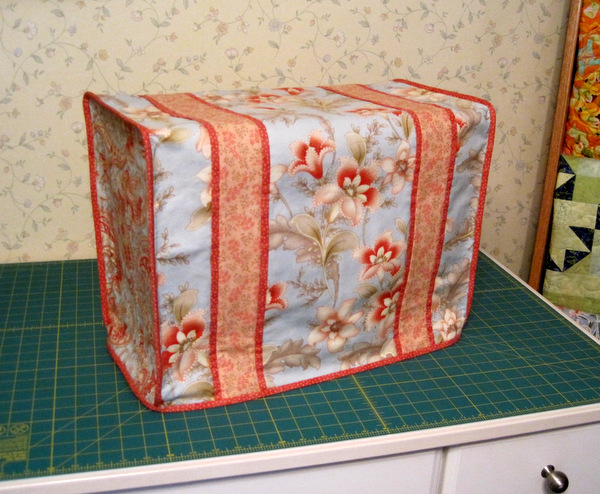 Susan's sewing machine dust cover