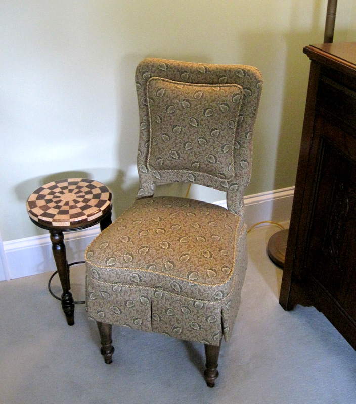 2013-11, second slipper chair