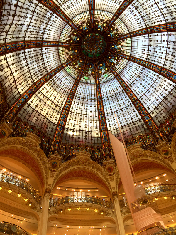 2 paris inside galleries lafayette