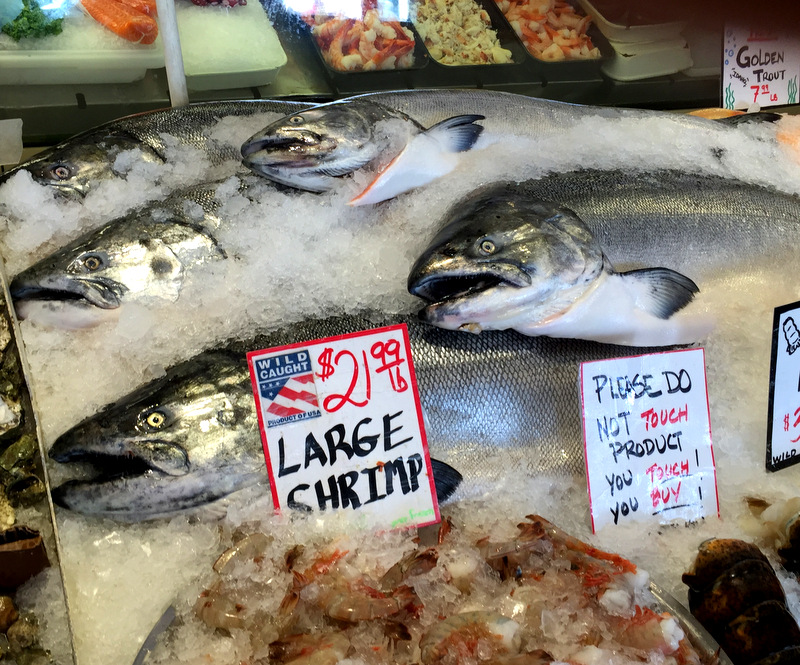 Seattle pike place market fish aug 2016