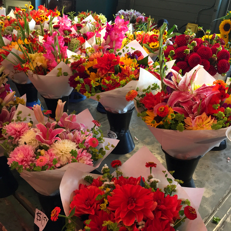 Seattle pike place mkt flowers aug 2016