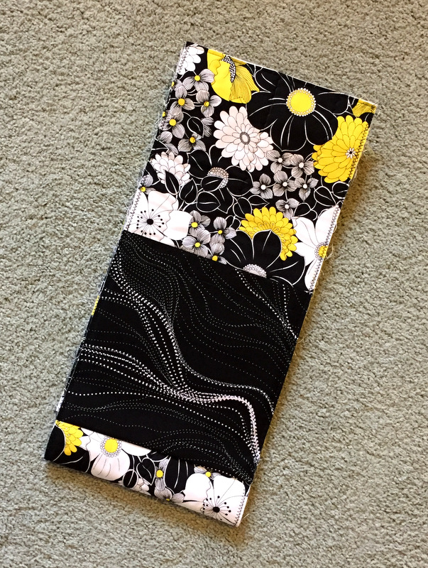 jbb-f2016-side-panel-outer-pocket